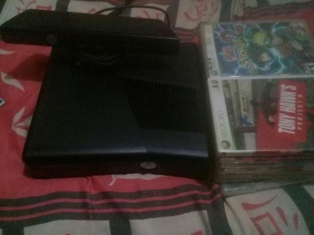 Vendo Xbox 360 desbloqueado Leia discriçao
