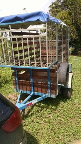 Vendo reboque para transporte de animais
