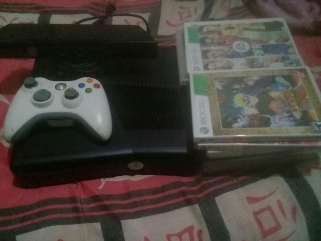 Vendo ou troco Xbox 360 desbloquiado
