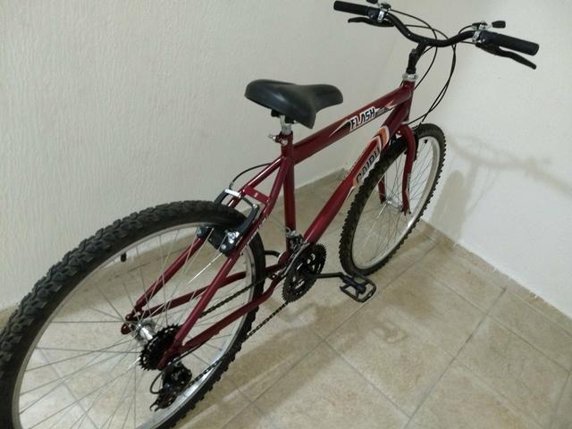 Bicicleta nova, usada apenas 1 vez .