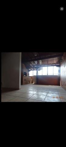 Lindissima casa 2 qts e 3 banhos e garagem ap de 10% de entrada - Foto 3