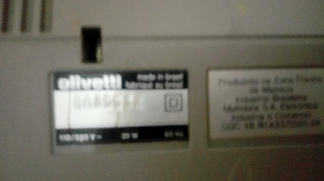 (P4) Calculadora Olivetti em excelente estado. Imprimi a nota da compra, ideal pra pequeno