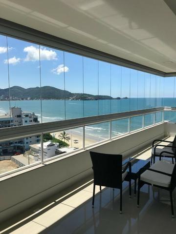 Quadra Mar - Apartamento 04 Suítes Mobiliado com 180m² em até 100x na Meia Praia - Itapema