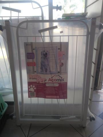 Portões de Contenção para Pets e Crianças em Aço