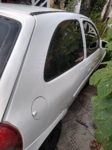 Vendo Corsa Wind branco atrasado bom interior - Foto 4