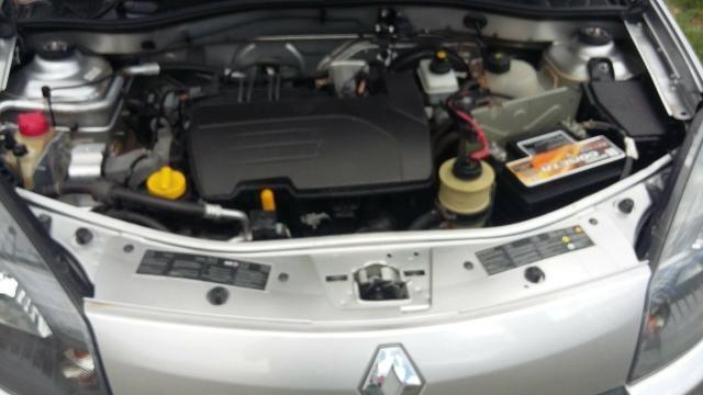 Renault Sandero expression 1.0 completo 2014 troco por moto - Foto 11