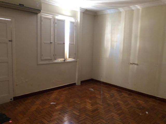 03 quartos no Centro de Colatina, comodidade de morar pertinho de tudo que você precisa - Foto 7