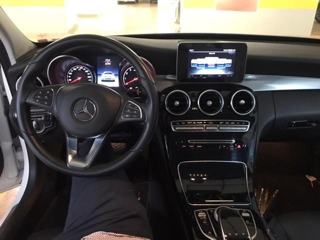 Mercedes Benz C 250 AVANTGARDE 9G - Tronic 2017/2018 - Foto 9