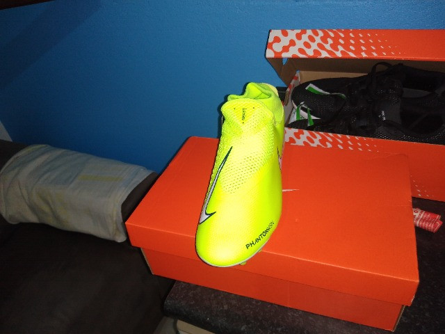Chuteira 11 Nike Phantom vsn academy Df fg/mg - Foto 2