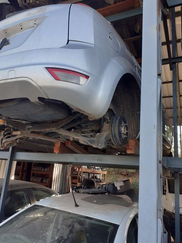 Sucata Ford Focus 2012  - Foto 2