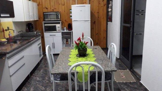 Cod.02- Excelente Casa ampla 2/4 no bairro de Itapuã  - Foto 2