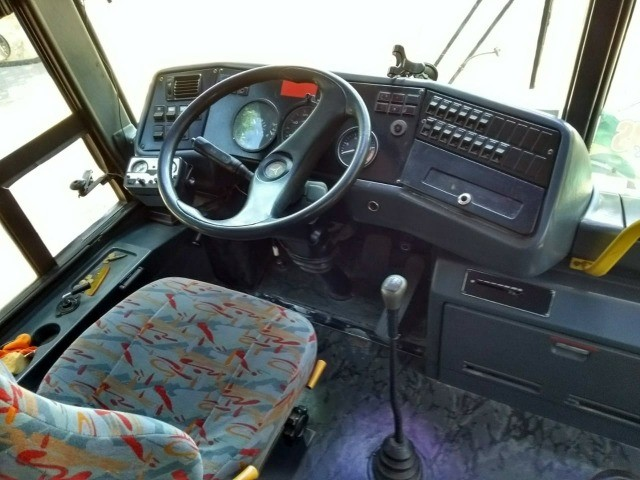 Vendo ônibus Mercedes-Benz O400 - Foto 9