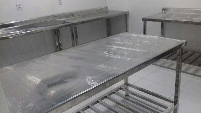 Fabricamos mesas, coifas, bancadas, inox em geral.  - Foto 3