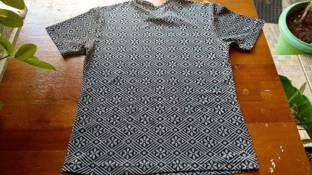 Blusas em malha - Tamanho P - Foto 4
