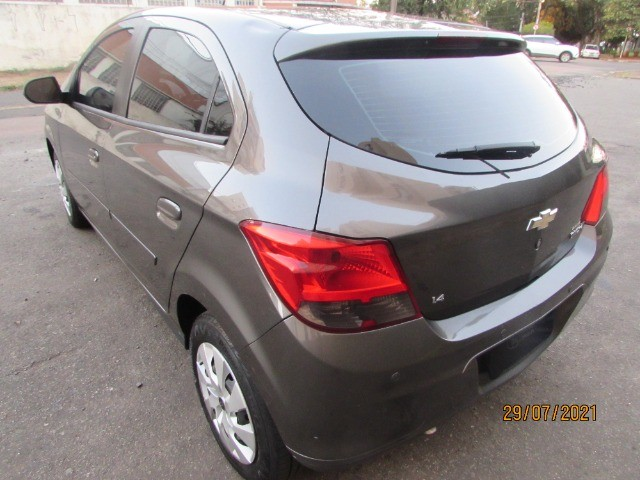 Chevrolet Onix  - Foto 6