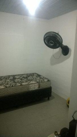 Alugam-se quartos e suítes mobiliadas na pedreira - Foto 5