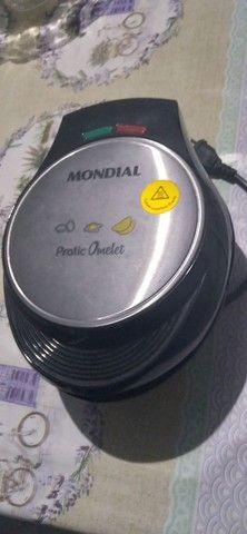 Omeleteira Elétrica Mondial , pouco usada.