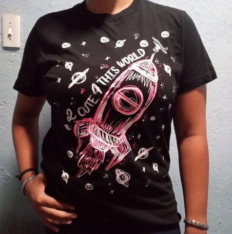 Camisas com estampas variadas tamanho M e G - Foto 4