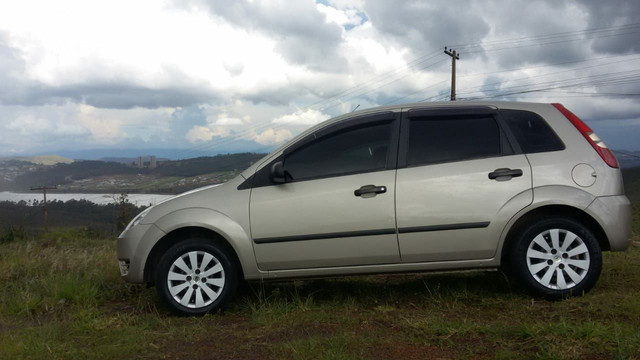 Ford Fiesta 2006 - Foto 2