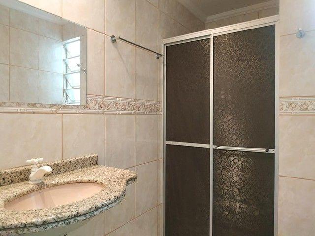 Locação   Apartamento com 112.27 m², 2 dormitório(s), 1 vaga(s). Zona 05, Maringá - Foto 16