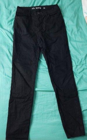 Calça jeans preta - Foto 2
