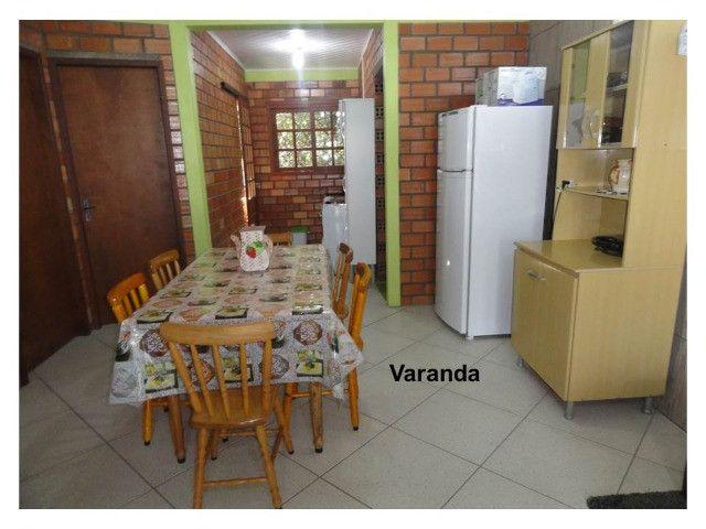 Aluga-se casa para veraneio em Arambaré 01 quadra da praia - Foto 2