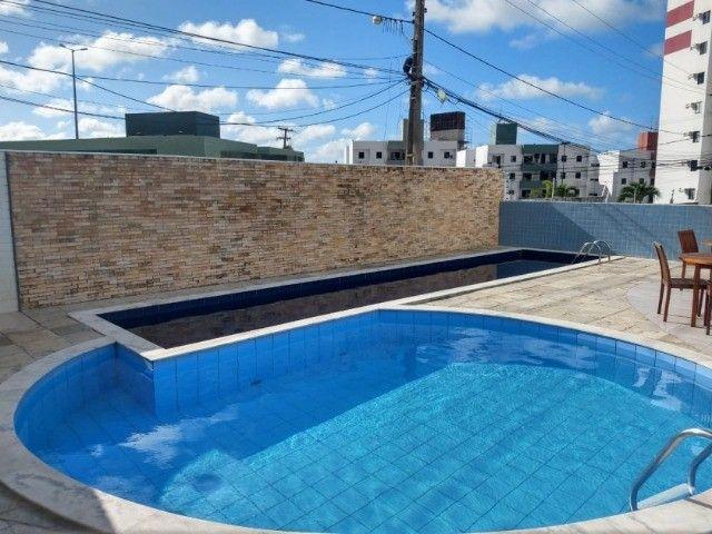 Apartamento no Bancários 02 quartos com elevador e piscina - Foto 4