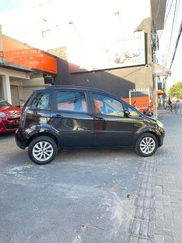 Fiat Ideia 1.4 Attractive 2014 / Punto Hb20 gol palio ONIX  - Foto 4