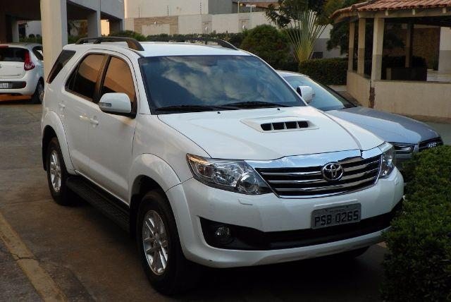 Toyota Hilux Sw4 2015 5 Lugares