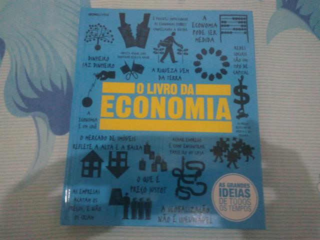 Livro: o livro da economia