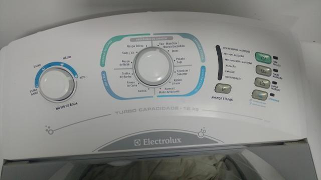 Máquina de lavar roupa 12k