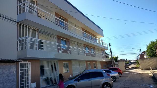 Lindo apartamento de cobertura ,,850.00 excelente localização com área de lazer privada - Foto 2