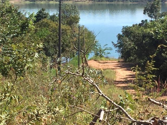 Chácara beira lago Caldas Novas - Foto 4