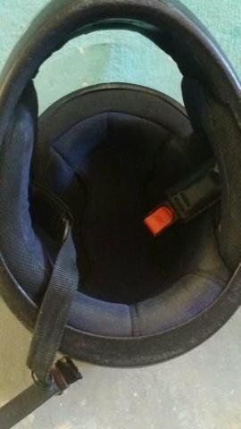 Dois capacete e um par de retrovisor - Foto 7
