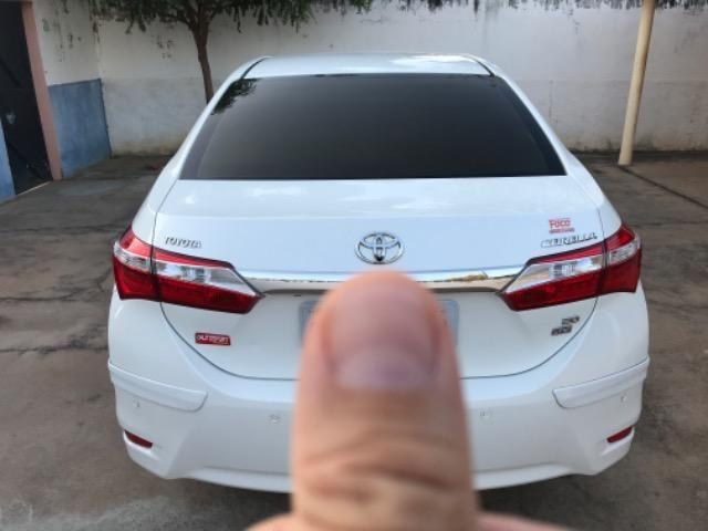 Corolla XEI 2015 branco perolizado. Carro extra com 65 mil km! - Foto 11