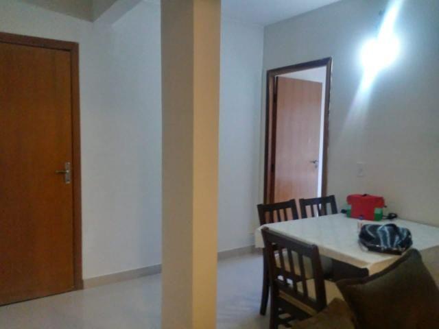 Apartamento de 2 qts, porcelanato, 1 andar em frente a pista no Setor de Mansões de Sobr - Foto 5