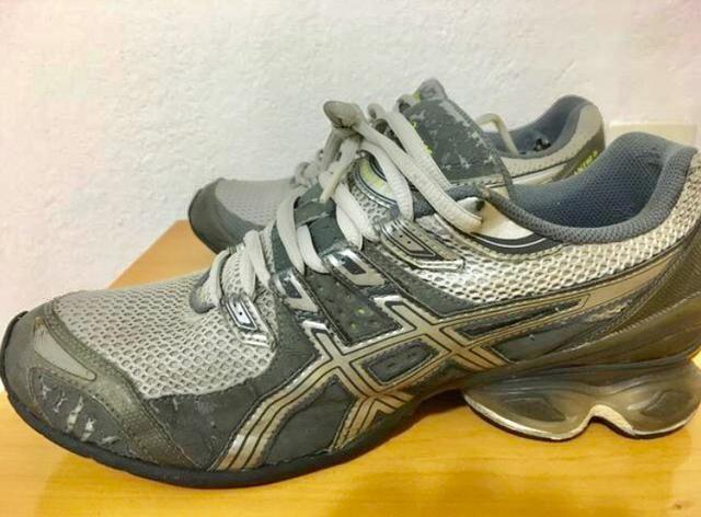 Tênis Asics Original 41 42 - Roupas e calçados - Vila Dos Remédios ... 7f2ba72de658a