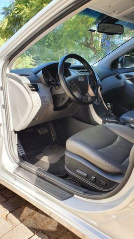 Hyundai Elantra 2013 muito bem cuidado - Foto 8