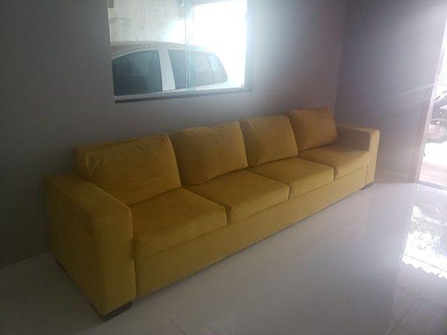 Sofá amarelo