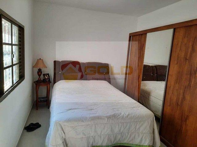 Casa para Venda em Uberlândia, Cidade Jardim, 3 dormitórios, 1 suíte, 3 banheiros, 3 vagas - Foto 18