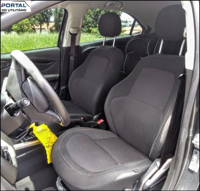 Chevrolet Onix Hatch LT - 2016 - Cinza, 1.4 Flex, Único Dono, Baixíssimo Km !! - Foto 16