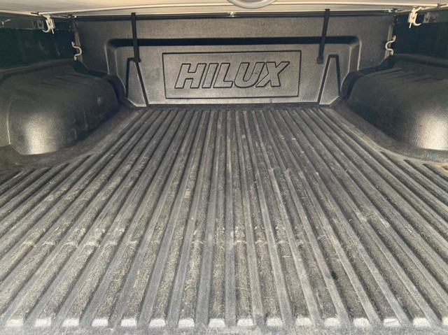 Hilux - 2012 - Srv - Diesel - Cabine Dupla - Ipva 2021 PAGO - Foto 11