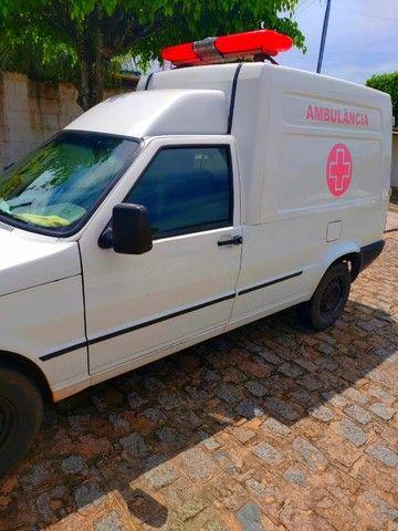 Vende-se ambulância completa - Foto 3