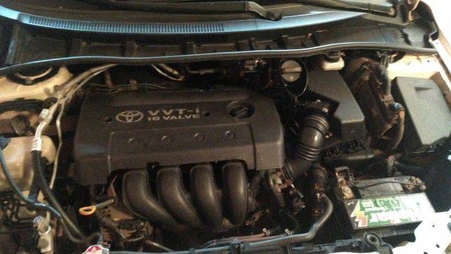 Toyota Corolla GLI AUTOMÁTICO 2010/11 BRANCO - Foto 5