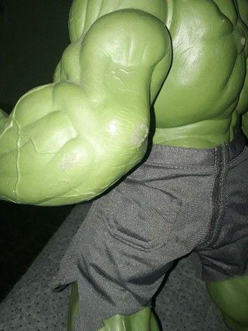 Boneco Hulk Verde versão 1945 Premium Gigante  - Foto 2