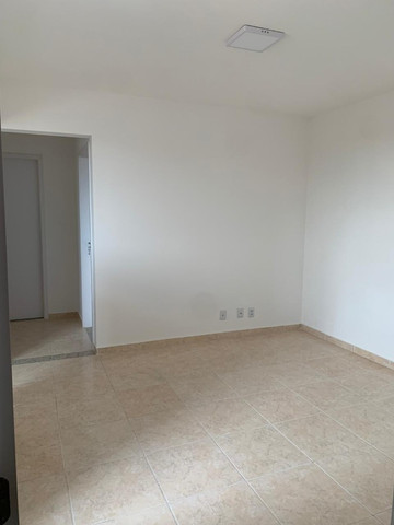 "Alugo apartamento ""novo"" no condomínio "" Jardim de Madri - Bloco com elevador - Foto 9"