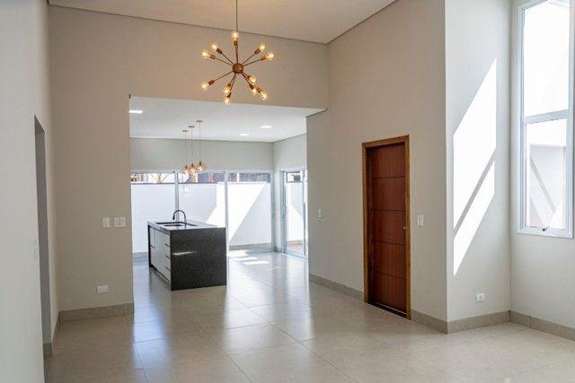 Valência I, Casa N., 3 quartos ( 1 suíte).