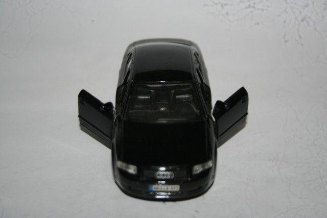 Miniatura de Metal Audi A4 Maísto - Foto 2