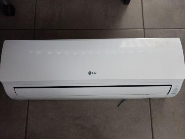 Ar Condicionado LG 9000 BTUs