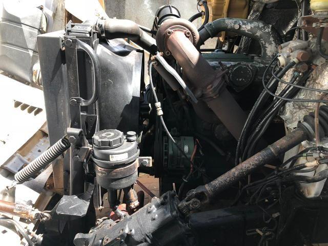 Caminhão baú com serviço agregado - Foto 3